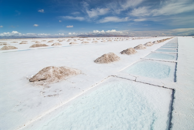 A photo of the salta salt plains Argentina